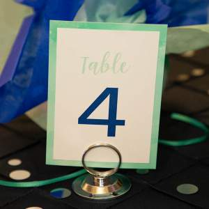 layered_table_number_sign